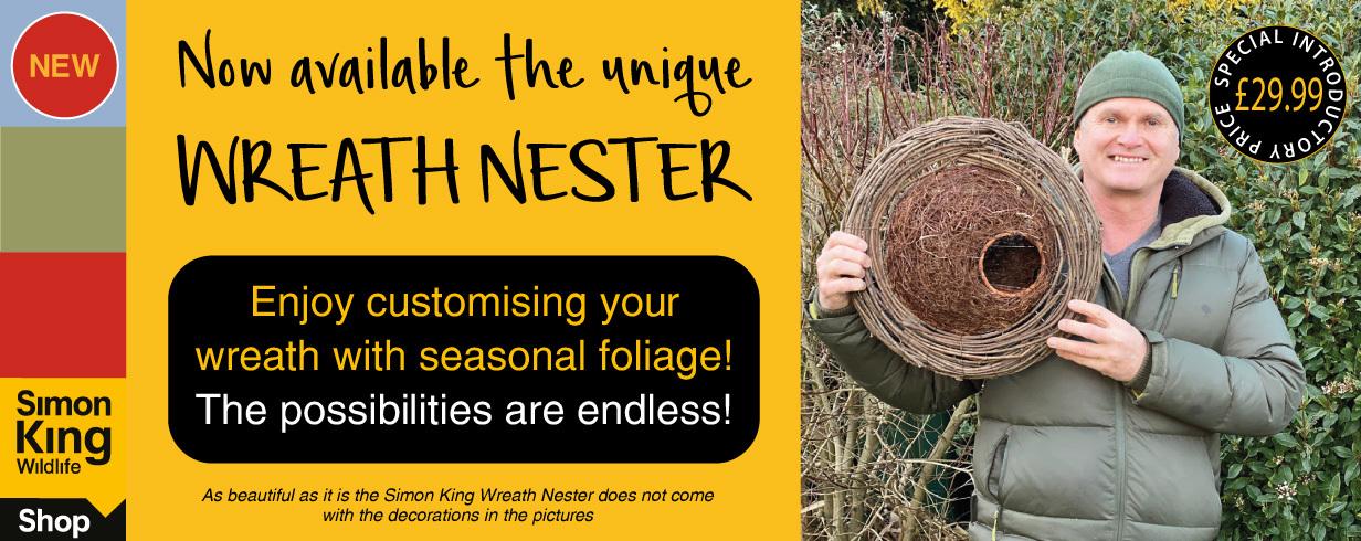 Simon King Wreath Nester