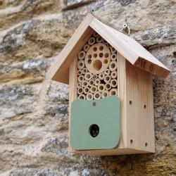 Bee Barn